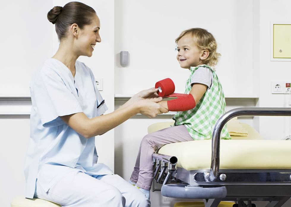 Estudiar carrera de Enfermería