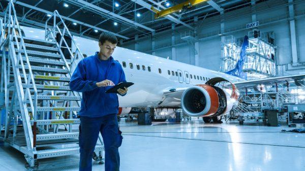 Estudiar Ingeniería Aeronáutica