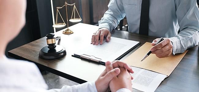 Estudiar carrera de Derecho