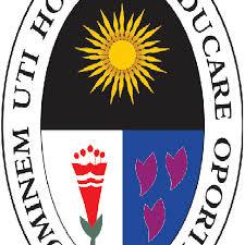 Universidad Nacional de Educación - UNE