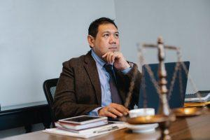 Cuánto gana un abogado en Perú - ¿Es la carrera ideal?